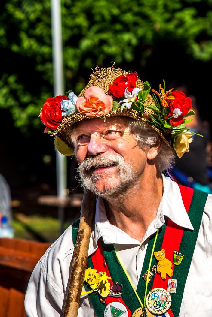 dancer at swnage folk festival