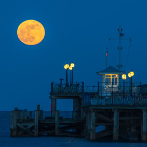 Super Blood Blue Moon rise Swanage Pier