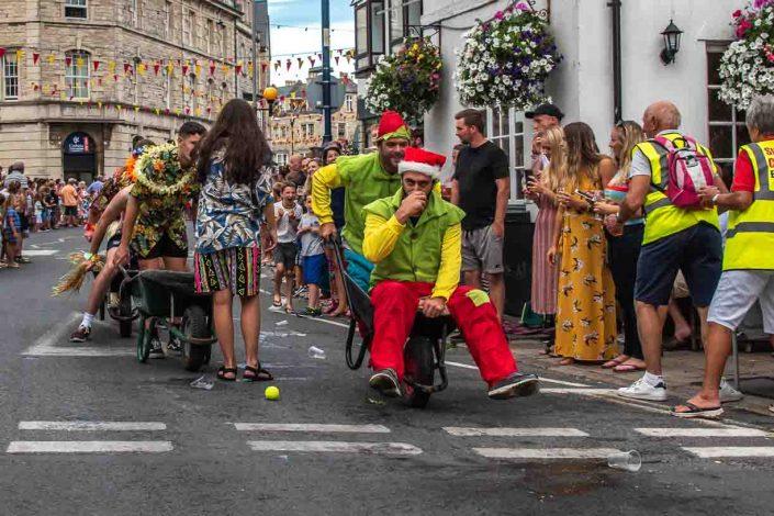 Elf with Lots Swan Pub Swanage Carnival Wheel Barrow Race