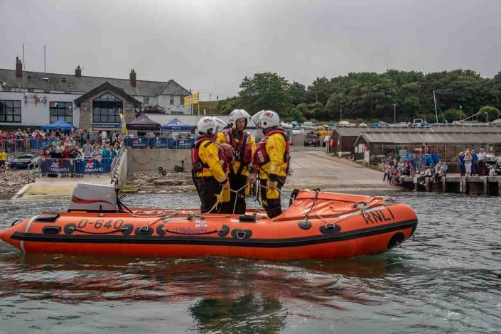 Swanage volunteer lifeboat crew demonstrate D class capsize training start